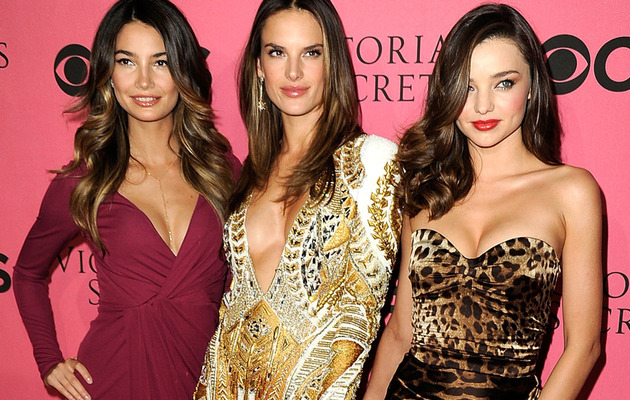 Victoria's Secret Models Flaunt MAJOR Cleavage at Viewing Party