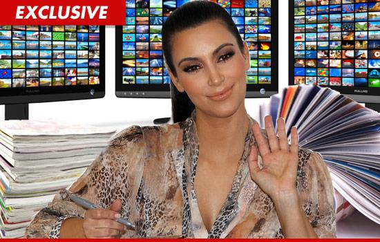kim kardashian makeup smokey