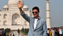 Photos: Tom Cruise Visits Taj Mahal