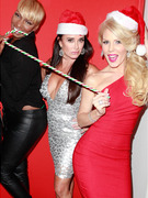 "Inside Kyle Richards' ""Real Housewives"" Holiday Party"