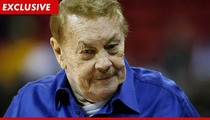 Lakers Owner Jerry Buss -- Hospitalized for Blood Clots