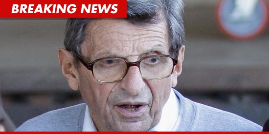1211_joe_paterno_getty_bn