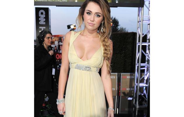 CNN Heroes Tribute: Miley Cyrus, Sofia Vergara & More!