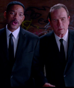 &quot;Men in Black 3&quot; Trailer: Will Smith &amp; Tommy Lee Jones Are Back!