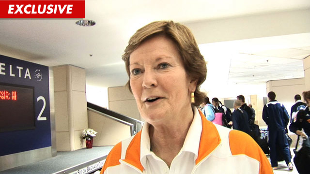 1216_pat_summitt_video