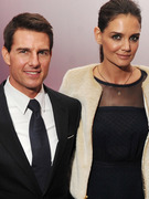 Tom Cruise &amp; Katie Holmes Hit Red Carpet in NYC