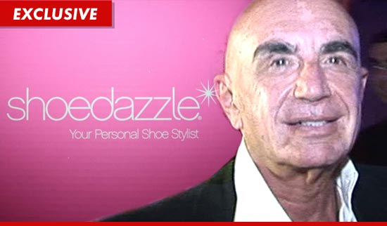 1221_shoedazzle_shapiro_TMZ_EX