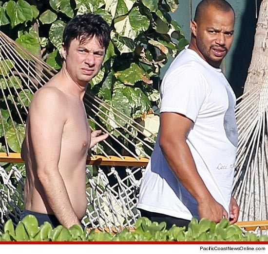 Zach Braff shirtless