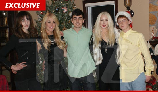 Lohan Family Christmas photo