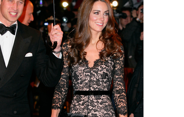 "Kate Middleton Stuns in Sexy Lace Dress at ""War Horse"" Premiere"