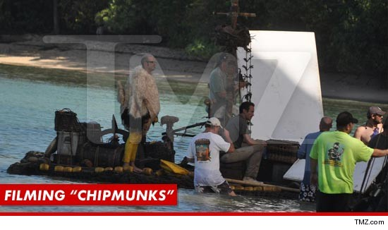 011012_filming_chipmunks_tmz