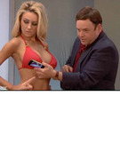 """Seinfeld"" Star Jason Alexander Hits on Courtney Stodden"