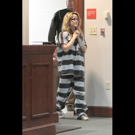 Jenelle Evans Shackles in Court