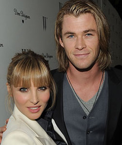 """Thor"" Actor Chris Hemsworth To Be a Dad!"