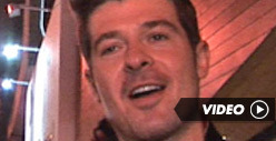Robin Thicke -- I&#039;d Love to Do a Duet with President Obama!
