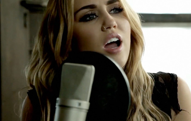 Miley Cyrus Covers Bob Dylan