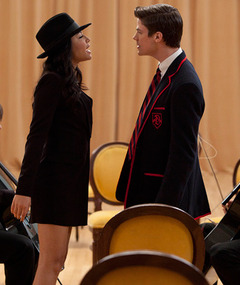 """Glee"" Tackles Michael Jackson's ""Smooth Criminal"""