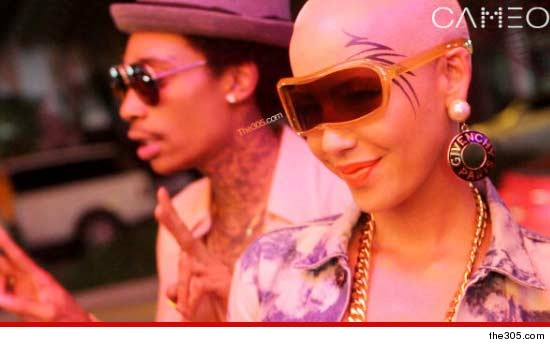 Amber Rose face tattoo