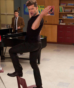 """Glee"" Sneak Peek: Ricky Martin Covers LMFAO Hit!"