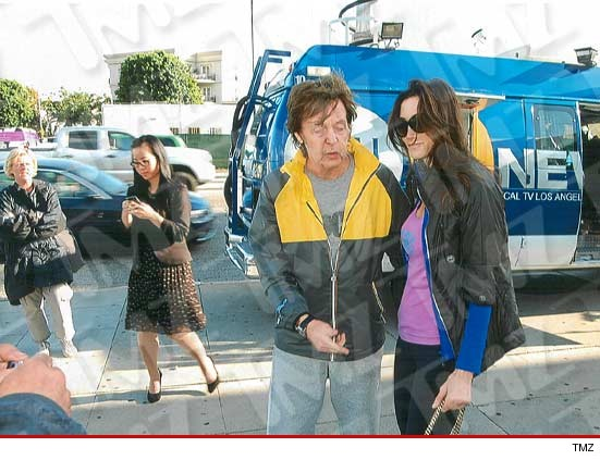 http://ll-media.tmz.com/2012/02/13/0213-paul-mcartney-2-wm-1.jpg