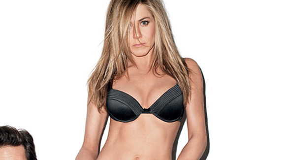 0214_aniston_portrait