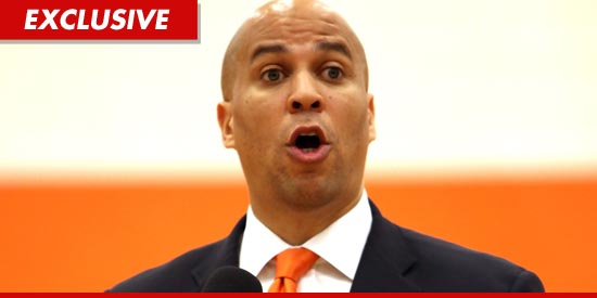 0214_cory-booker_GETTY_EX