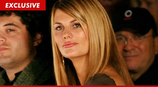Spike TV star Courtney Hansen has filed for divorce.