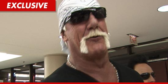 A sex tape featuring legendary wrestler Hulk Hogan has surfaced