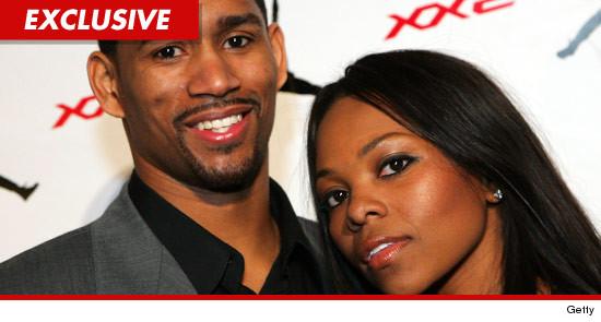 Charlie Bell filed for divorce from Kenya Bell