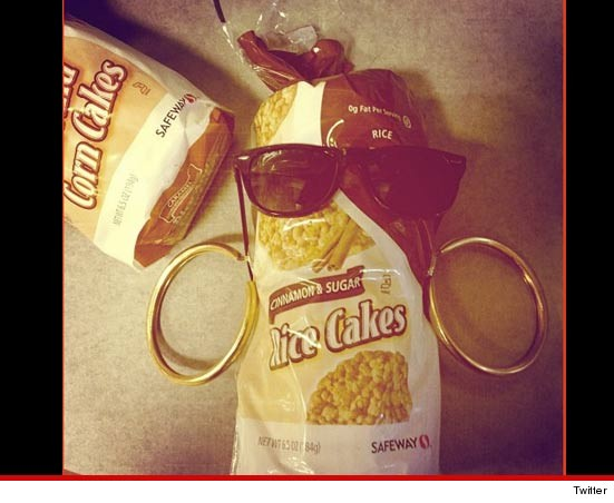 Rihanna and her rice cakes tweet
