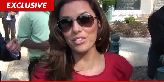 Eva Longoria just got into a low speed car accident