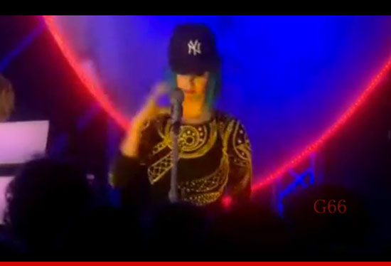 0319_katy_perry_video