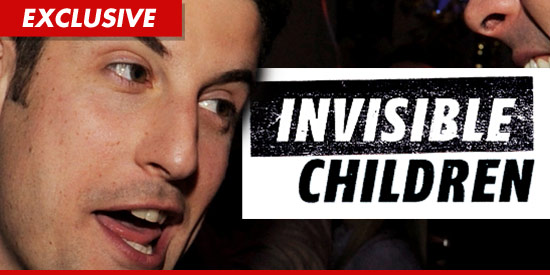0322_jason_biggs_invisible_children_ex