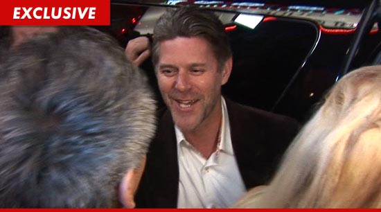0330-slade-smiley-tmz2-ex