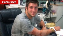 Tim Tebow -- Hey Coach, Check Out My Toes!