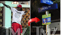Lil Wayne's Entourage -- Accused of Photog Attack and Bicycle Beatdown