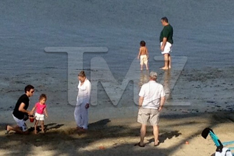 Jennifer Lopez Casper Smart Rented Beach Easter