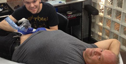 Kelsey Grammer Gets Wife&#039;s Name Tattooed on His Hip