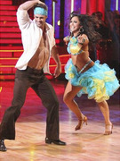 """Dancing With the Stars"" Contestant William Levy Injured"