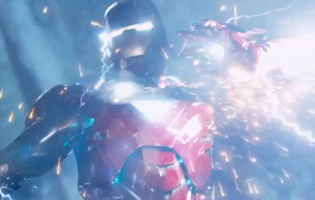 """Iron Man & Thor Battle In New Clip from """"The Avengers"""""""