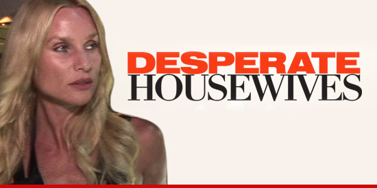 0418_nicolette_sheridan_desparate_housewives