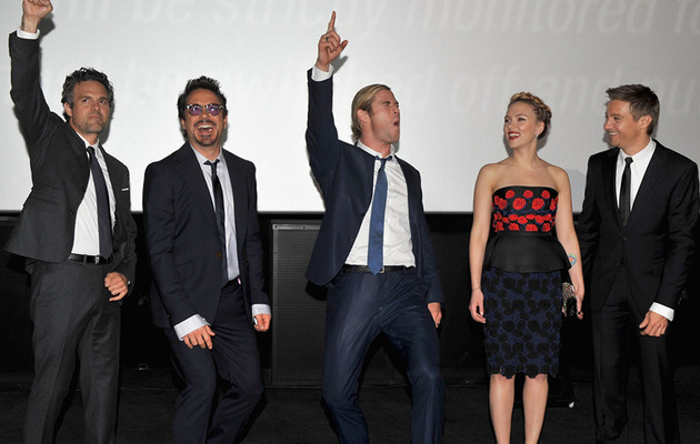 "Scarlett Johansson Sizzles at ""The Avengers"" UK Premiere"