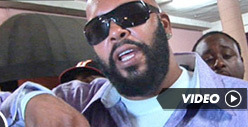 Suge Knight BLASTS 2Pac Hologram ... He Was Death Row-less