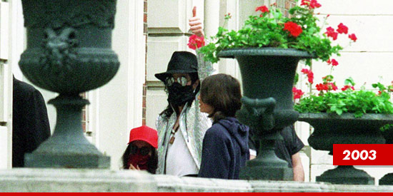 0425_michael_jackson_kids2