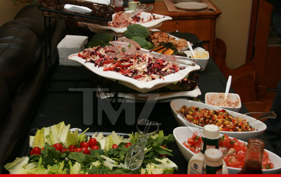 0501_biggest_loser_wedding_food