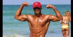 Shemar Moore -- Just Flexing 