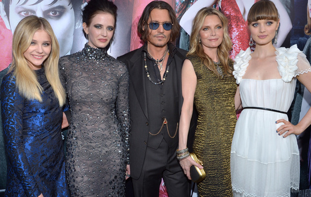 "Michelle Pfeiffer, Johnny Depp Ageless at ""Dark Shadows"" Premiere"