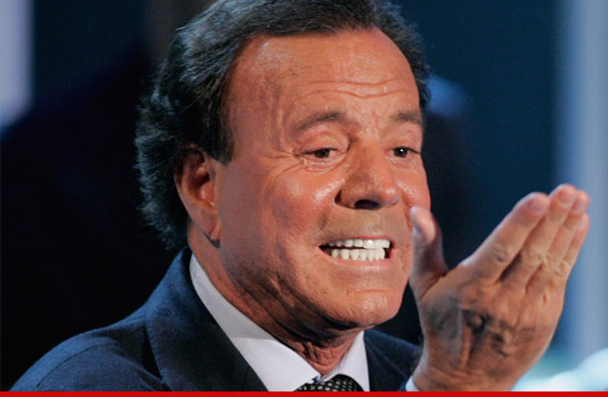 0511_julio_iglesias_getty