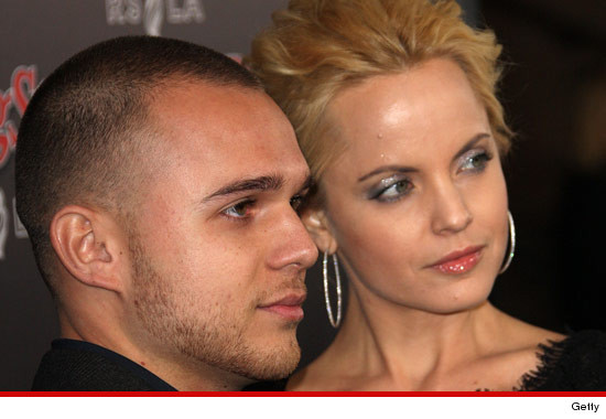 0511_simone_sestito_mena_suvari_getty