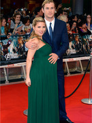 &quot;The Avengers&quot; Star Chris Hemsworth Welcomes a Baby Girl!